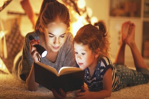 Invitación taller de lectura y escritura para segundos básicos